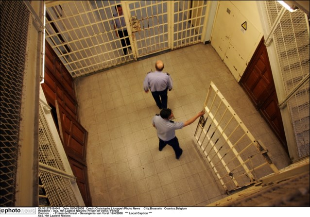 Strafklacht tegen onmenselijke behandeling tijdens staking in gevangenissen