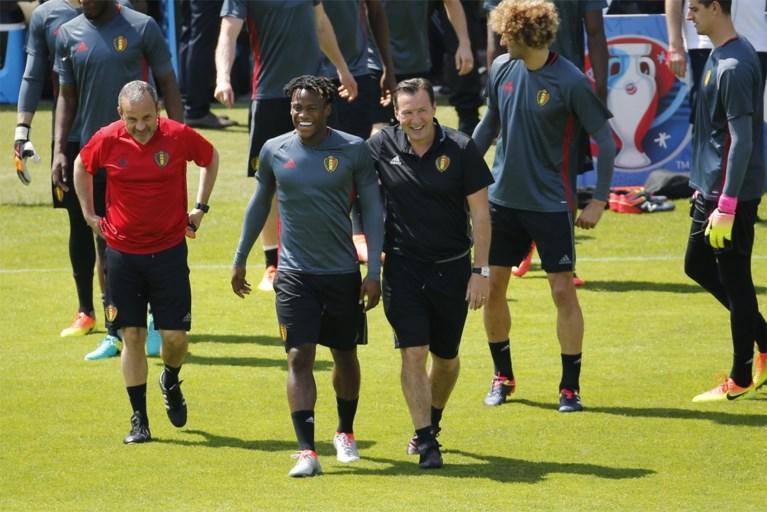 Gaf Wilmots op open training Rode Duivels zijn basiselftal voor Italië prijs?