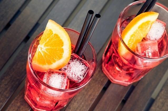 Ken jij dit drankje met rosé en aardbeien al?