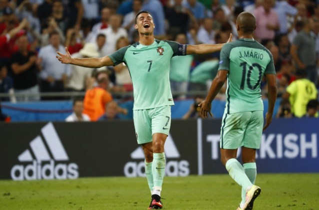 Ronaldo wint de strijd van Bale en loodst Portugal naar EK-finale