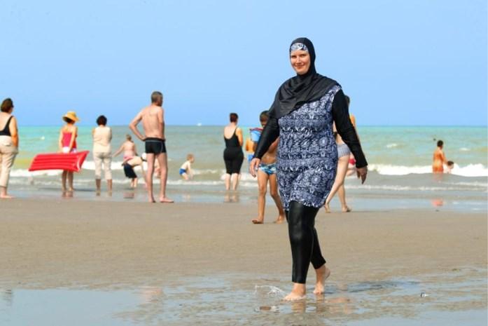 """Onze vrouw ging zwemmen in boerkini: """"Als haar ogen konden schieten, was ik dood geweest"""""""