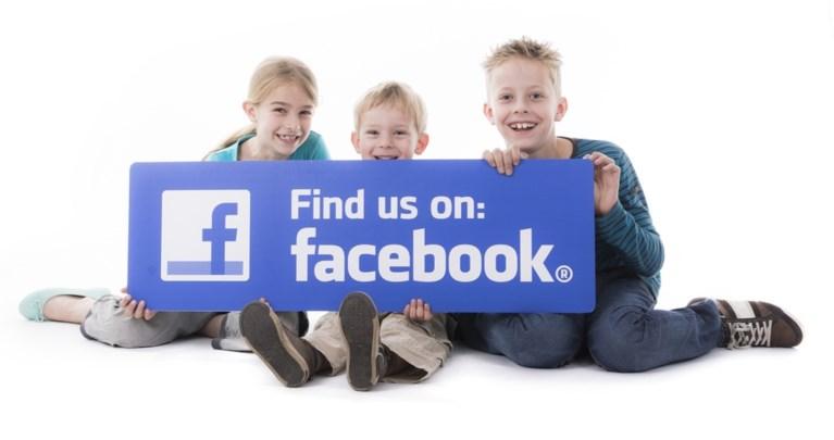 """Dochter (18) klaagt ouders aan: """"Babyfoto's op Facebook gezet zonder mijn toestemming"""""""