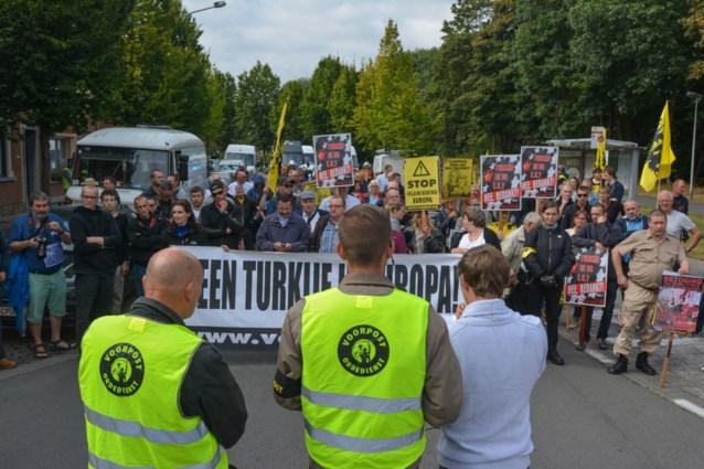 Ondanks rellen van vorig weekend: Voorpost vraagt nieuwe betoging aan