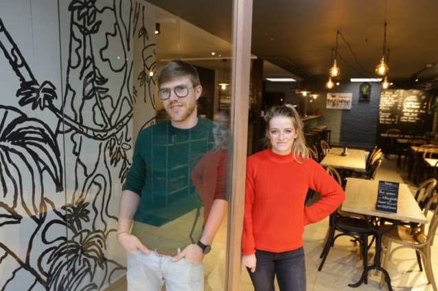 """Brugse Poort krijgt """"eindelijk"""" een hip café"""