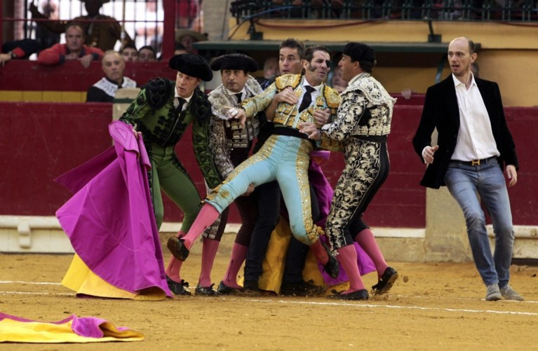 Vijf jaar na ongeval krijgt halfblinde matador opnieuw steek in zelfde oog