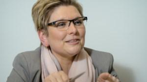 'Regering houdt te weinig rekening met vrouwen'