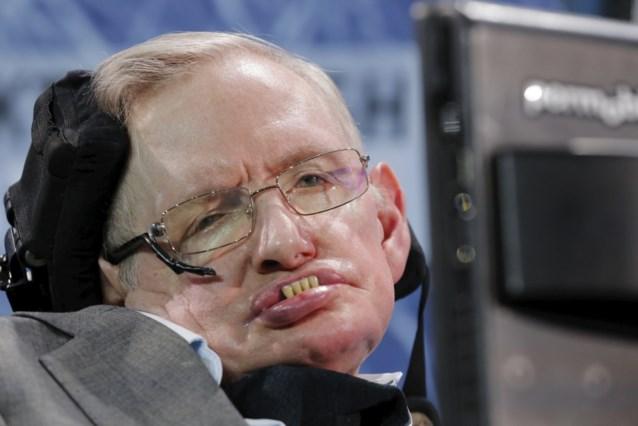 """Stephen Hawking waarschuwt: """"We bevinden ons in gevaarlijkste moment in geschiedenis van de mensheid"""""""