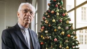 """Kersvers kardinaal Josef De Kesel klapt uit de biecht: """"Ik ben ooit wel verliefd geweest. Lichtjes."""""""