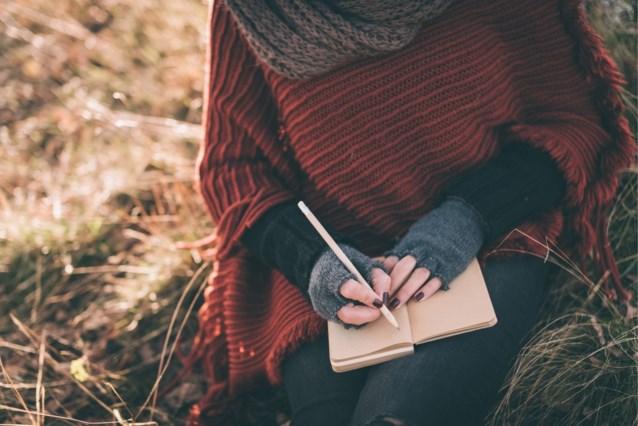 """""""Open brief aan een lafaard"""": vrouw ontdekt dat haar lief al twee jaar getrouwd is"""