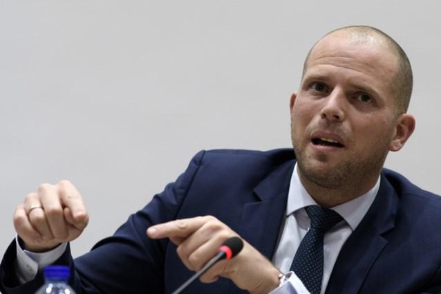 """Kamer keurt omstreden wetsontwerpen van Theo Francken goed: """"Dit is terreurbestrijding!"""""""