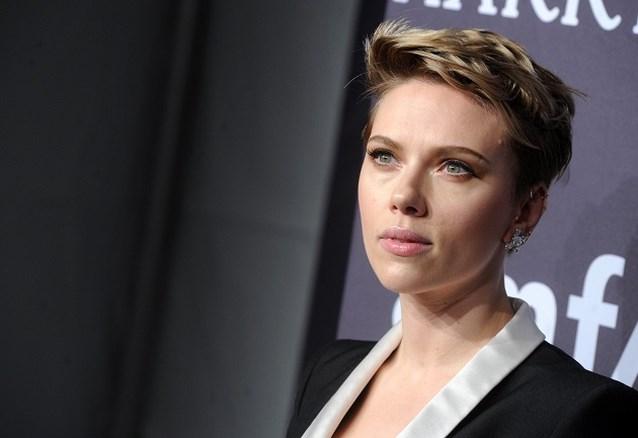 """Scarlett Johansson windt er geen doekjes om: """"Ik geloof niet in monogamie"""""""