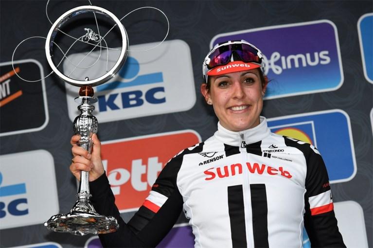 Volledig Nederlands podium na spektakelstuk bij Omloop voor dames