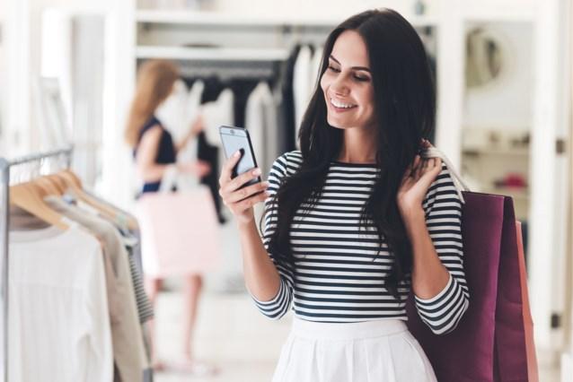Financiële experts berekenen: zoveel mag je per maand uitgeven aan kleren