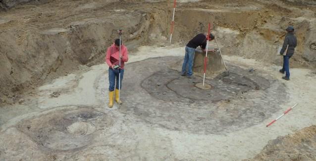 Archeologen ontdekken middeleeuwse waterputten op Limfa-terrein