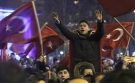 Wat is er precies aan de hand? Daarom lopen de spanningen tussen Turkije en Nederland zo hoog op