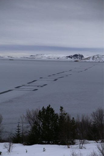 Mysterieus zigzag-partoon op bevroren meer zet IJslandse bevolking voor raadsel