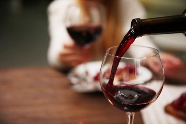 Morsen met wijn is verleden tijd dankzij deze nieuwe uitvinding