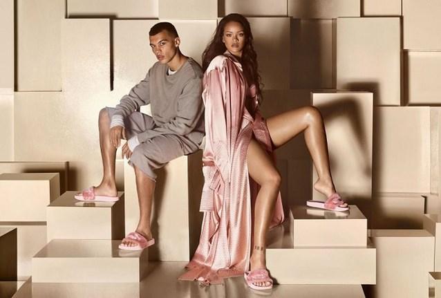 Deze sneakers en slippers van Forever 21 lijken wel heel erg op die van Rihanna