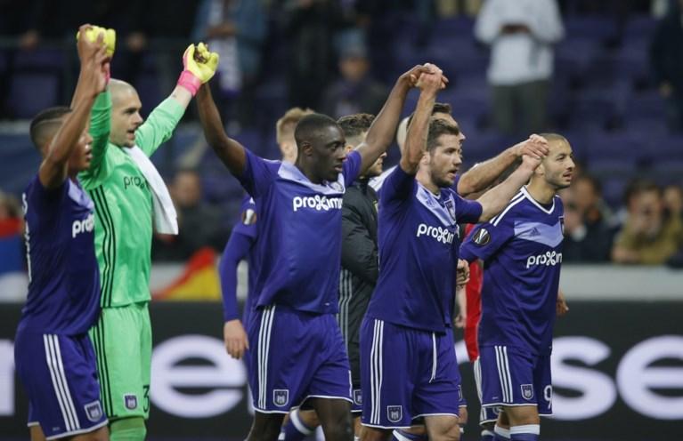 Dendoncker buffelt Anderlecht naar knap gelijkspel tegen Manchester United