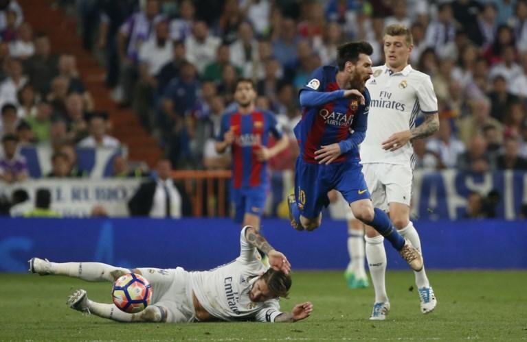 Messi beslist Clasico in slotseconden: plots is Spaanse competitie weer spannend