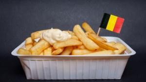 Gratis frietjes met mayonaise op Esplanade in Brussel om Belgisch imago op te poetsen