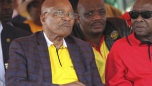 Zuid-Afrikaanse president Zuma verlaat 1 meiviering na boegeroep