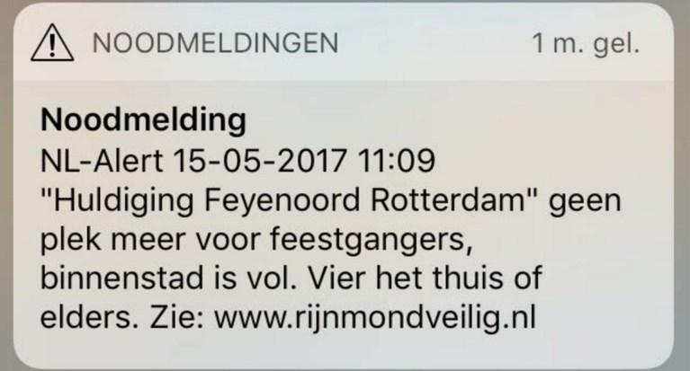 Niet Goed Snik Onze Man Ging Mee Feesten Met 160000 Voetba