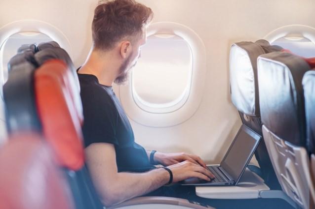 """Belgische piloten reageren op mogelijk laptopverbod op vliegtuigen: """"Onbegrijpelijk en levensgevaarlijk"""""""