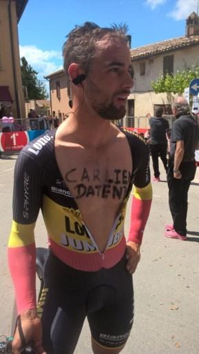 Belgisch kampioen pakt tijdens tijdrit in Giro uit met opvallend datingsverzoek