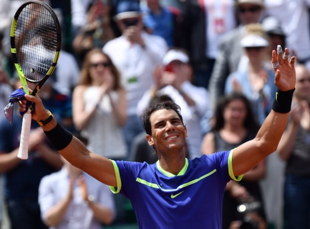 Nadal en Djokovic stomen door naar laatste acht in Parijs, Gasquet geeft op