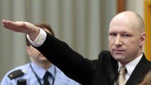 Massamoordenaar Anders Breivik wordt massamoordenaar Fjotolf Hansen