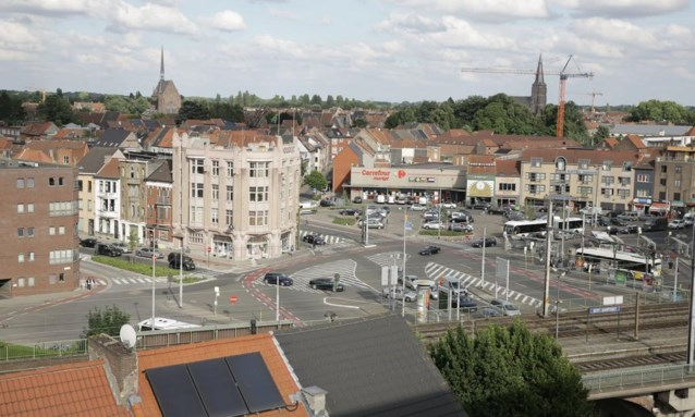 Stad wil aantal zonnepanelen in 'arme' Dampoortwijk minstens verdubbelen