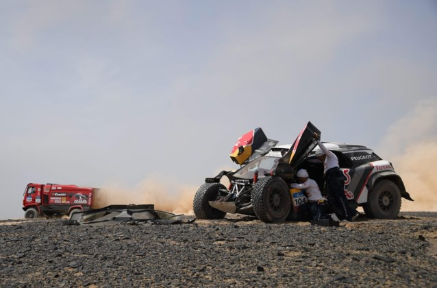 Despres pakt leiding in Silk Way Rally over na crash van Loeb