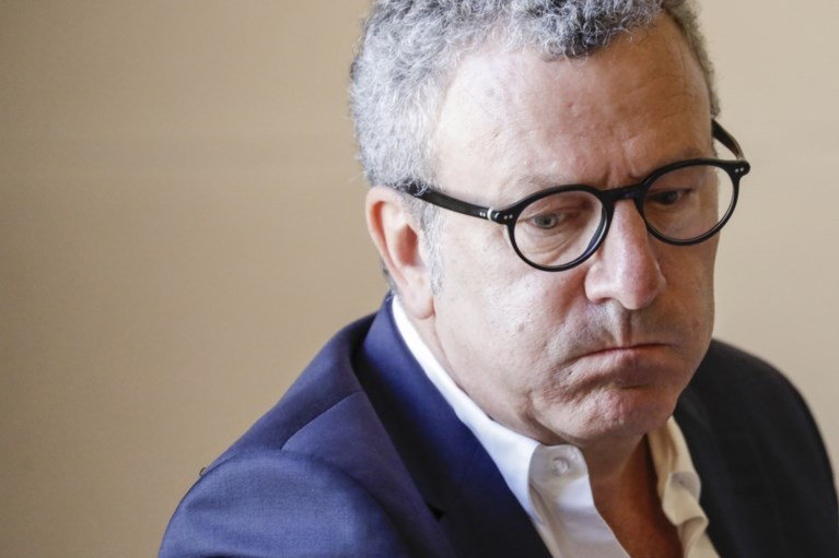 """Mayeur verontwaardigd: """"Kritiek is overdreven. Ik ben slachtoffer van lynchpartij van politiek en media"""""""