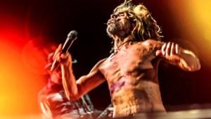 Iggy Pop sluit eerste dag Suikerrock af met adembenemend rockconcert