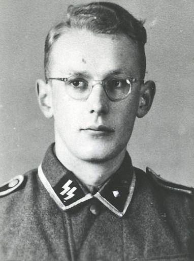 """""""Boekhouder van Auschwitz"""" mag dan 96 zijn, hij zal niet aan zijn straf ontsnappen"""