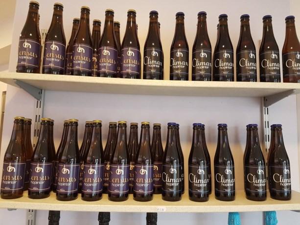 Oplinterse brouwerij Hoplinter stelt nieuw bier Census voor