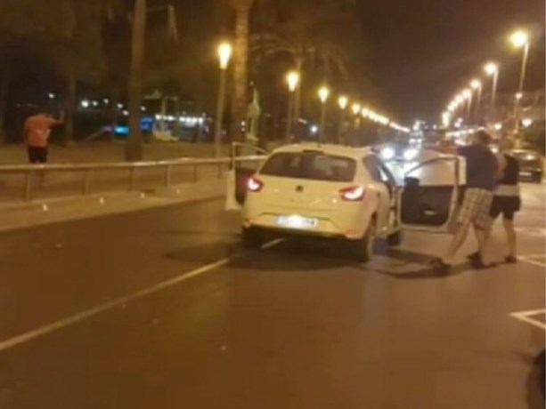 Eén agente schoot vier terroristen dood, terwijl ze eigenlijk op vakantie had moeten zijn