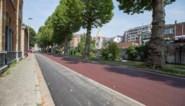 Nieuw: fietsstraat in rood asfalt