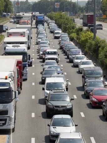 Gent keurt vierde rijstrook E40 goed: voor de veiligheid of voor The Loop?
