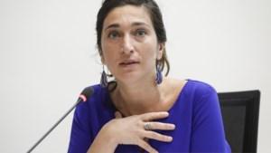 Politie vindt gezochte documenten bij huiszoeking op kabinet van Zuhal Demir