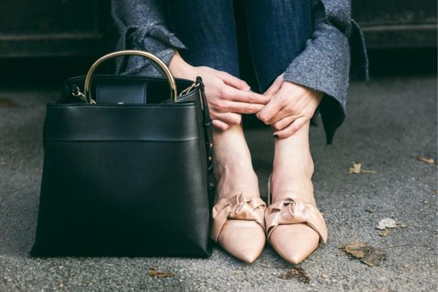 Schoenen zonder sokken dragen heeft een vervelend nadeel voor je gezondheid