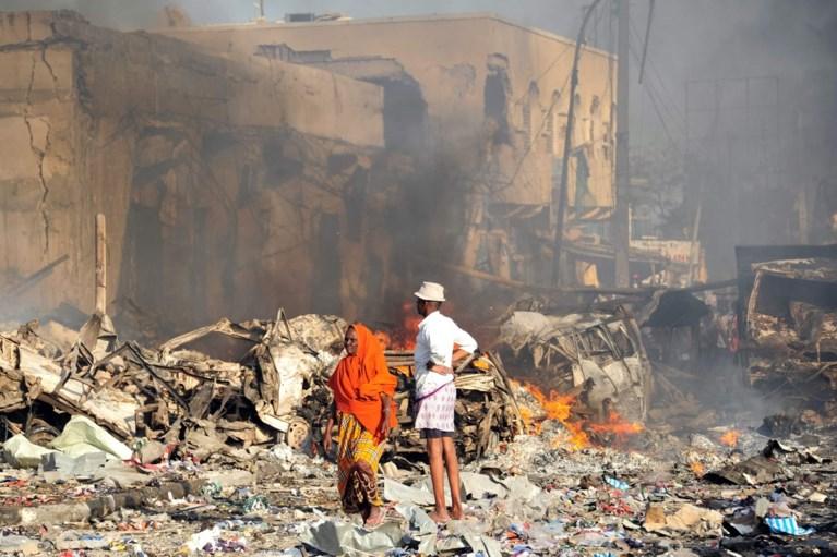 Zware truck ontploft op druk kruispunt bij zelfmoordaanslag in Mogadishu: zeker 276 doden