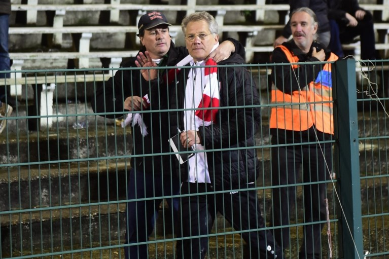 Gevechtsvoetbal zonder winnaar, coach naar de tribune is 'hoogtepunt' van de avond op de Bosuil