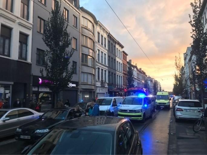 """Zware vechtpartij in Antwerpen tussen Koerden en Turken: """"Mijn zoon wilde helpen, maar kreeg zelfs nog slaag toen hij op de grond lag"""""""