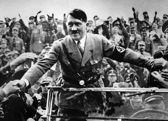 """Hitler wilde eerst aansluiten bij andere partij, maar werd geweigerd: """"Zonder die weigering was Holocaust misschien nooit gebeurd"""""""