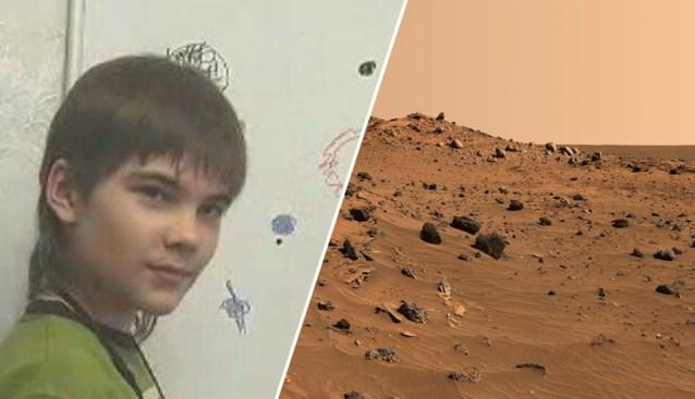 Deze jongeman is afkomstig van Mars, zelfs zijn moeder is daarvan overtuigd