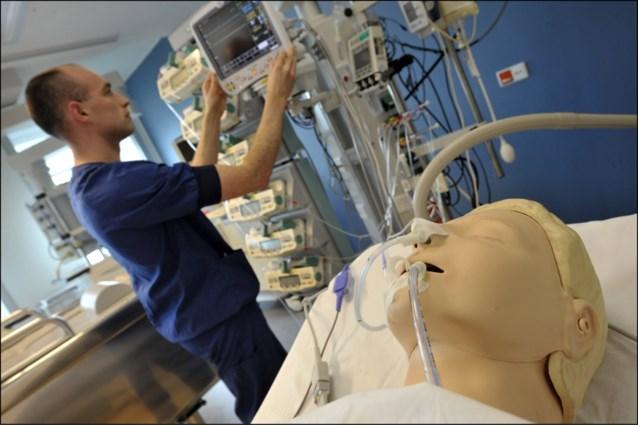 """Militair hospitaal krijgt mogelijk toekomst als """"hybride"""" ziekenhuis"""