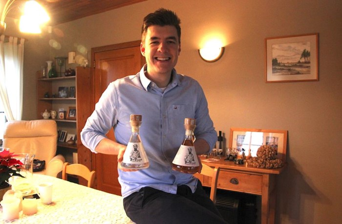Jonge Westerlonaar maakt eigen gin- en rumlabel
