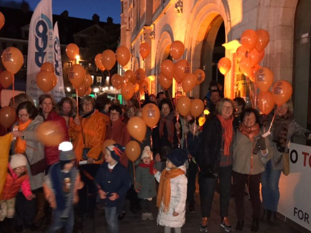 Stadsschouwburg Kortrijk kleurt oranje